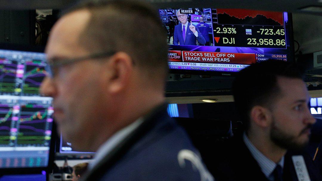 特朗普对中国产品下狠手 美国人慌了!美股雪崩