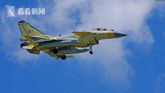 刚刚出厂的歼-10C