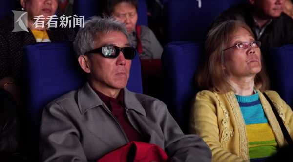 """盲人""""看""""电影"""