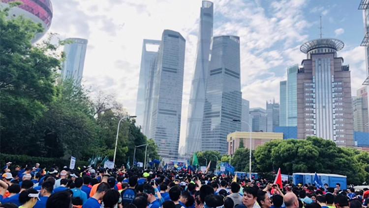 """""""2018上海国际半马赛""""今天举行 15000人参与"""