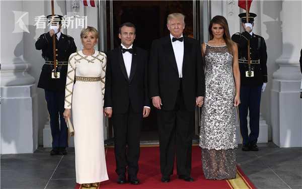 71岁的特朗普年龄比他妻子梅拉尼娅年纪大24岁,40岁的马克龙比他妻子碧姬小了24岁