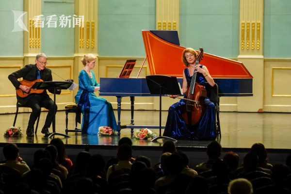 汉堡议会音乐家古乐合奏团演出