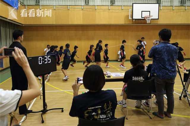 视频|不是快进!1分钟230个长绳 日本小门生又创记载(责编保举:中测验题jxfudao.com)