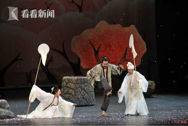 《anliantaohuayuan》(jingdianban)juzhao.jpg