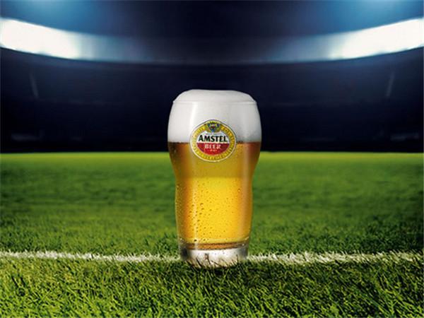 世界杯啤酒.jpg