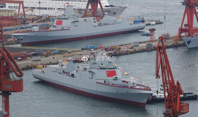 7月3日同时下水的055型3号舰和4号舰