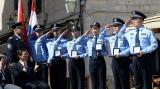 外交部:中克两国警方联巡 构筑了亮丽风景线