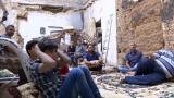 叙利亚人废墟中看世界杯决赛 坚定支持克罗地亚