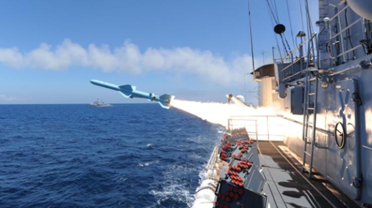 """最大规模东海军演开练 """"提前一月""""背后有深意!"""