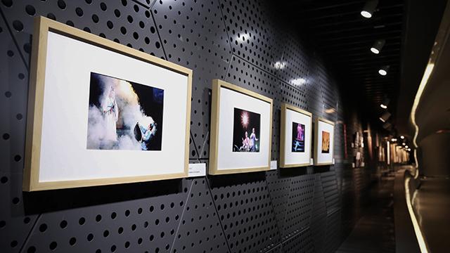 40岁入行 80岁继续干,这是活跃在上海的摄影家