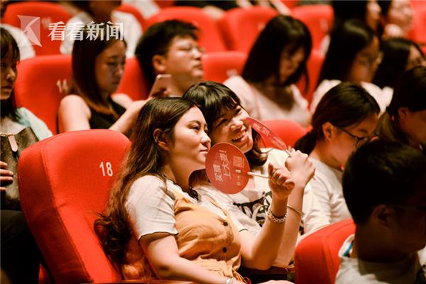 """年轻""""高知女""""引领剧场消费新风尚"""