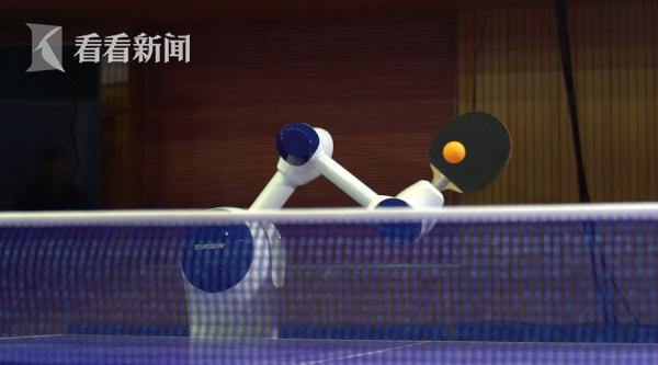 """乒乓球机器人具有""""自学习""""功能.png"""