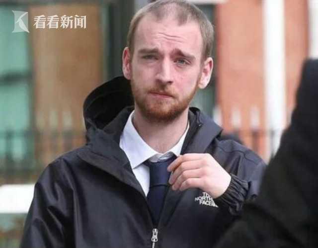 男子发现邻居死家中 偷银行卡刷两年买5万元披萨