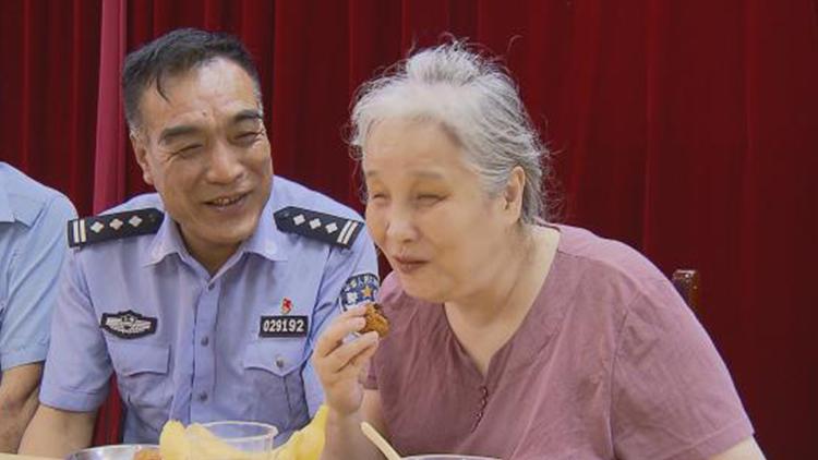 民警陈德骅的第21个中秋节 二十载的长情陪伴