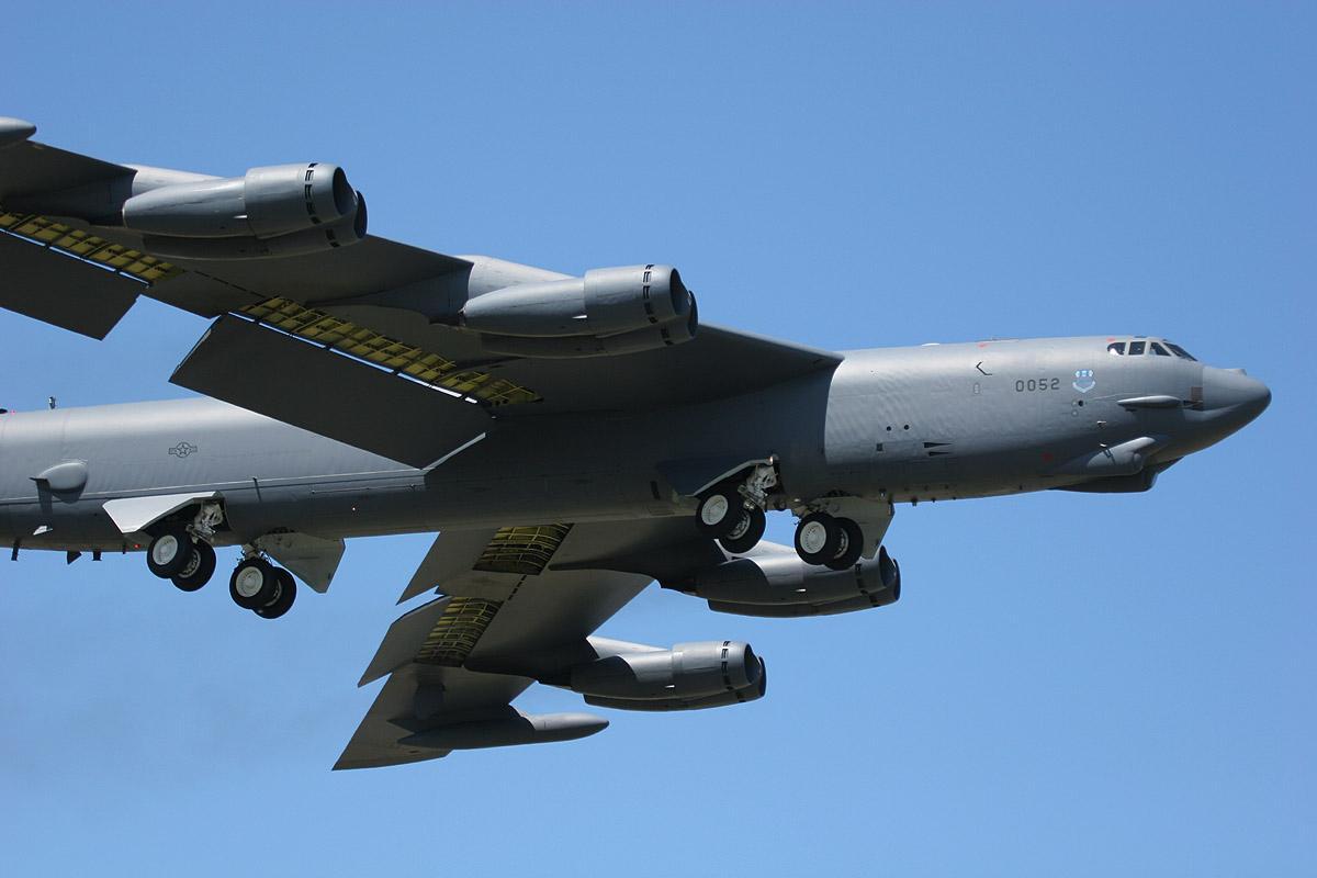 B-52战略轰炸机