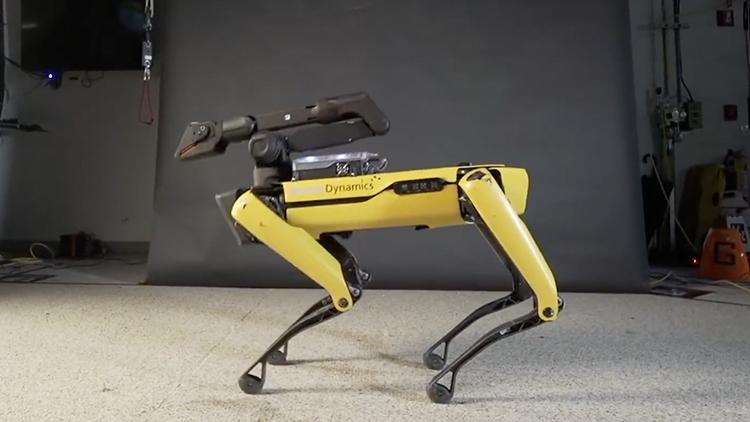 波士顿动力机器狗大跳热舞 人类自叹不如!