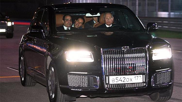 普京当司机?开专车带埃及总统去F1赛道兜风