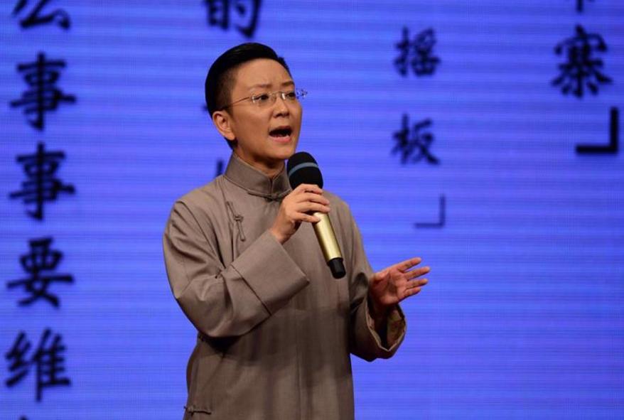 """2015年12月22日,王珮瑜在""""瑜音绕梁清音会""""上演唱经典唱段《珠帘寨》。"""