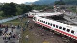 台湾铁路列车出轨事故已致17人死亡101人受伤