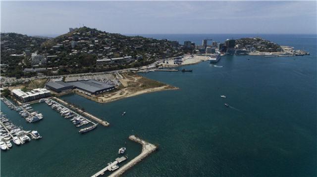这是11月10日航拍的巴布亚新几内亚首都莫尔兹比港。新华社记者白雪飞摄