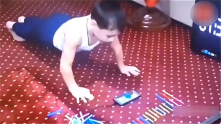 5岁男童连续做4105个俯卧撑!总统惊呆送奔驰车