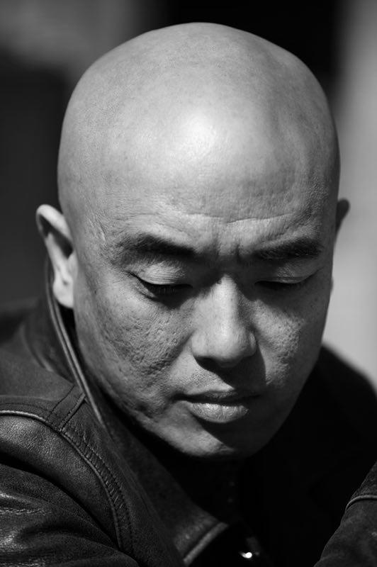 2000年做导演至今,郑大圣一直在艺术电影领域默默耕耘。