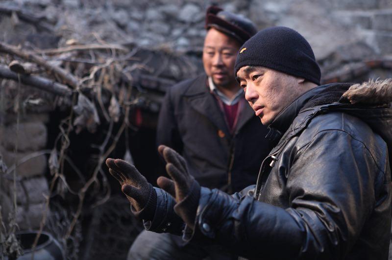 郑大圣最新电影作品《村戏》改编自作家贾大山的小说,充满对历史的关照和人性的思辨。图为《村戏》拍摄现场。