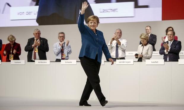 12月7日 默克尔在基民盟党代会现场.jpg