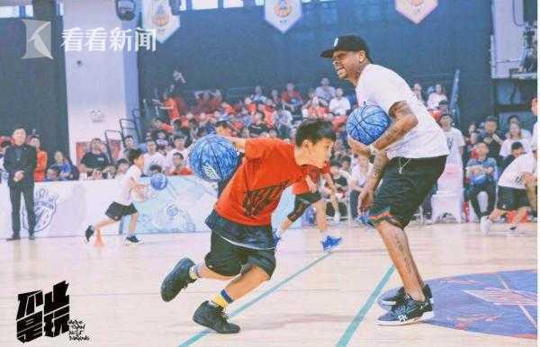 青少年篮球励志纪录片《不止是玩》播出