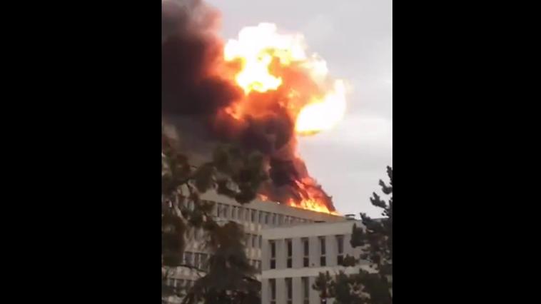 法国里昂大学一校区发生爆炸 三人受轻伤