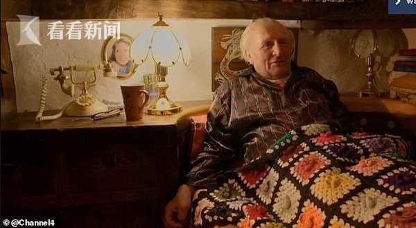 绥化消息网_视频|幻想革新家!退休木工将牛棚革新成霍比特人小屋