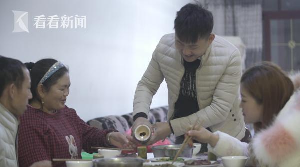 竹酒已经成了杨建国家餐桌上的常客