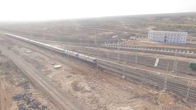 亚吉铁路3.jpg