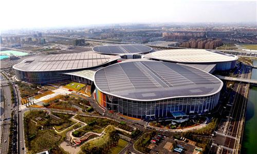 2018年10月19日拍摄的首届中国国际进口博览会举办地国家会展中心(上海)。新华社记者 凡军 摄