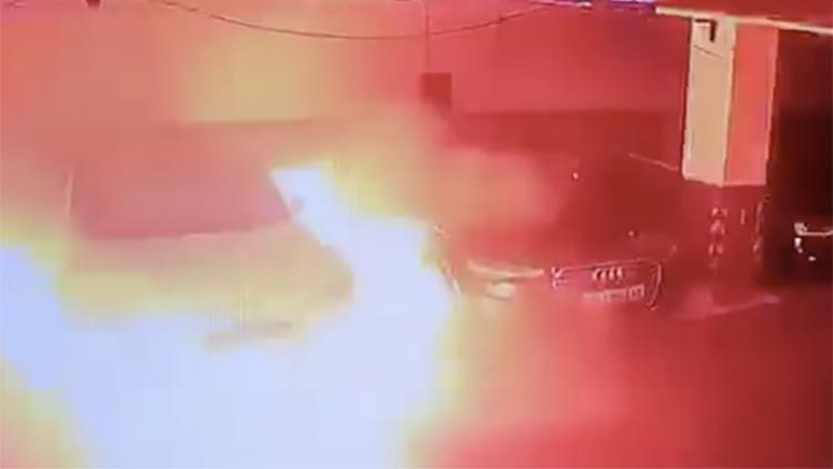 特斯拉车库内突然自燃 官方回应:正在核实情况