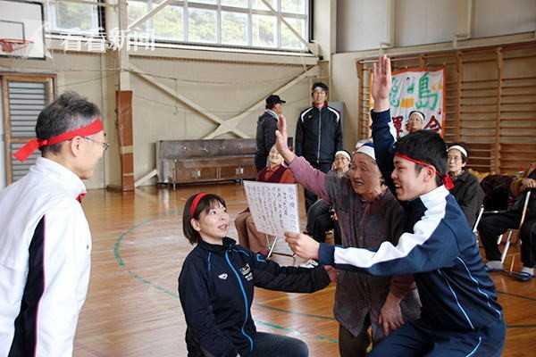 视频|一个人的学校!日本这所关闭6年的学校为他重开