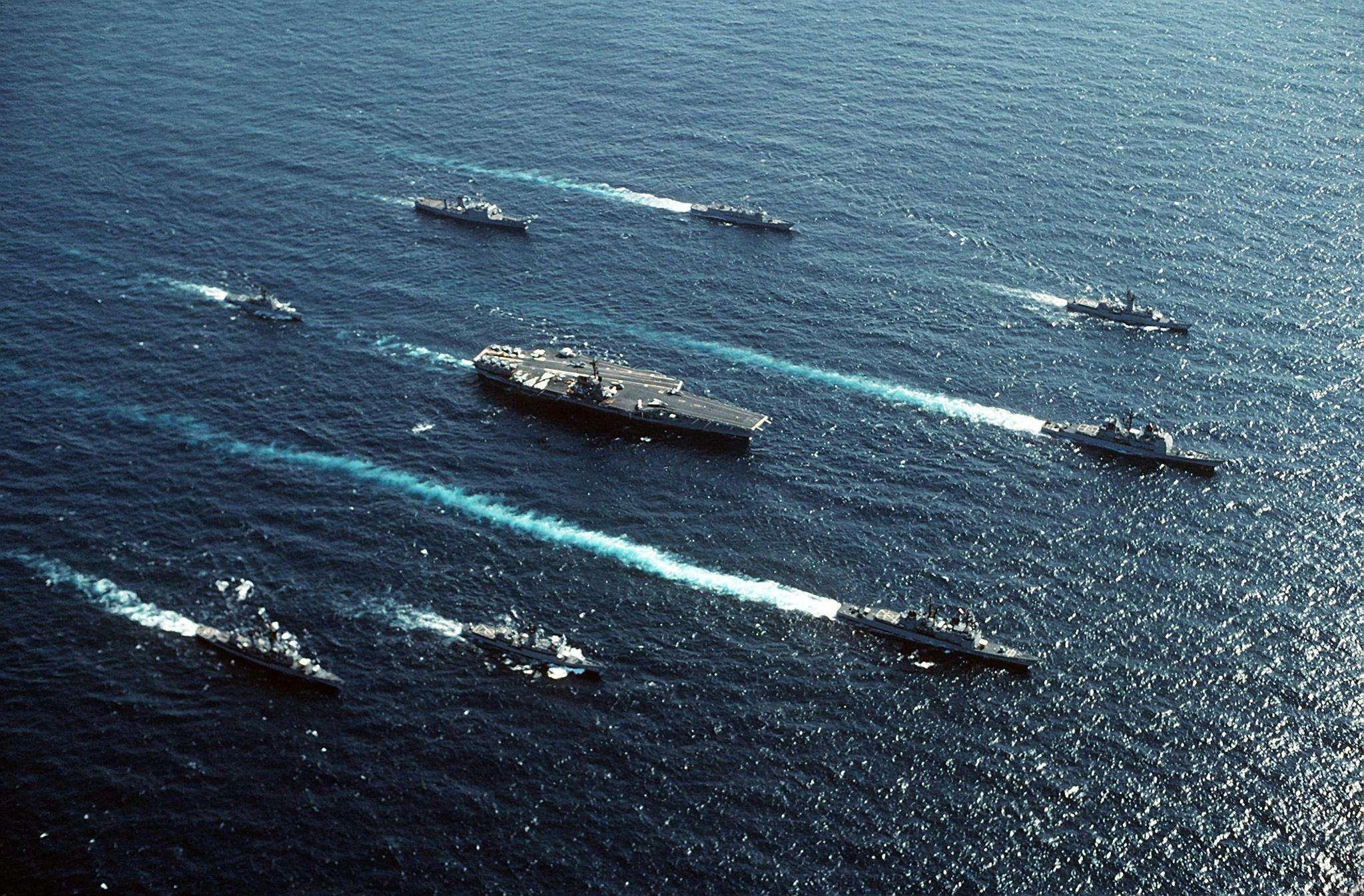 美国航母战斗群