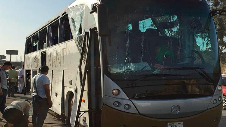 埃及一旅游大巴遭爆炸袭击 暂无中国人伤亡消息
