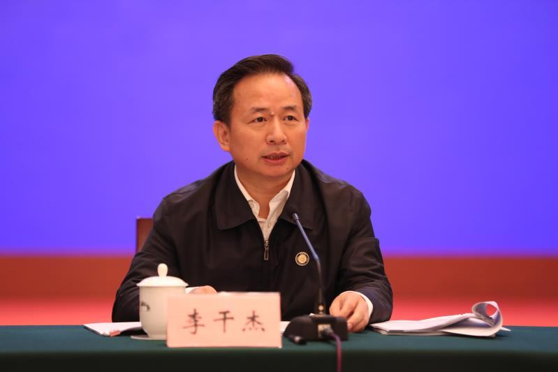协作小组副组长、生态环境部部长李干杰