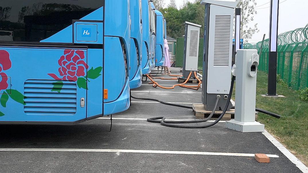 南阳氢能公交车充电使用 供应方的回应真相了