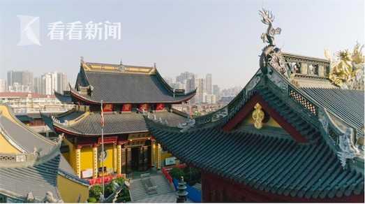 下海庙:拥有260多年历史,是上海著名的佛教尼众道场。