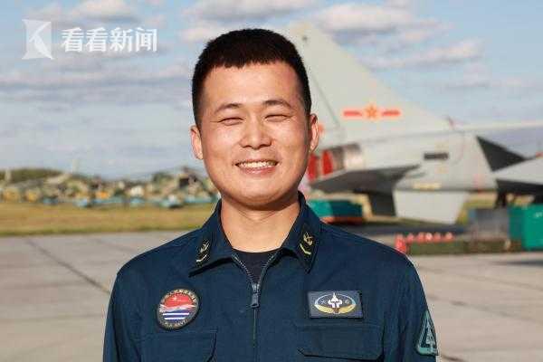 海军航空兵某旅机务大队机械员 李小文