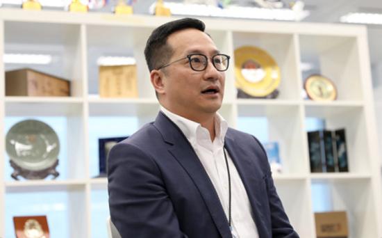 香港警务处警司协会主席陈民德在香港接受采访