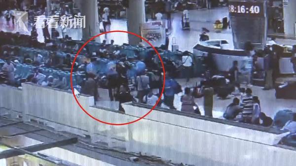 视频|火车站里看到民警他眼神飘忽 一查果然是个逃犯
