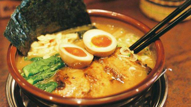《拉面:食物里的日本史》:从食物看社会变迁