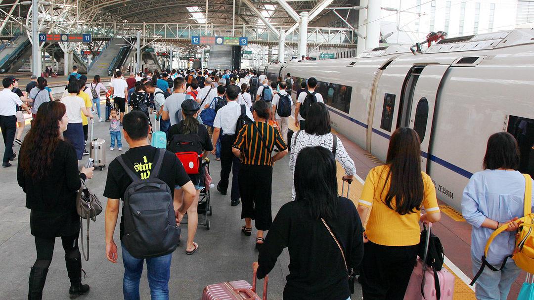 全国铁路预计中秋节当天发送旅客1370万人次