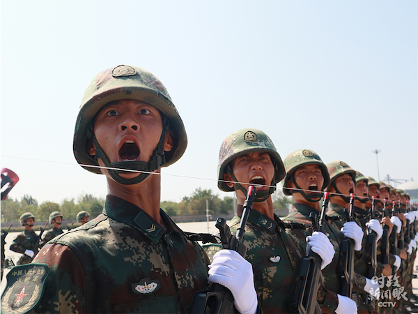 火箭军方队。
