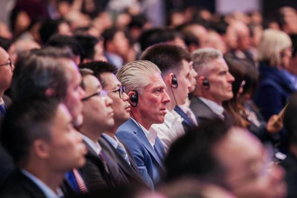 10月19日,首屆跨國公司領導人青島峰會在山東青島召開。來源:新華社、中國日報