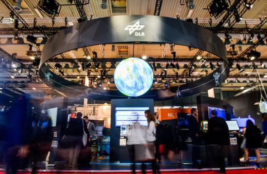 2018年10月1日,第69届国际宇航大会1日在德国不来梅会展中心开幕。