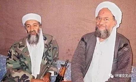 本·拉登(左)与扎瓦希里